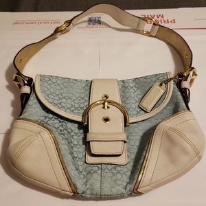 Nwot authentic Coach signature hobo bag